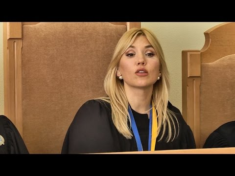 Поседеть можно: как столичная судья на одну зарплату купила себе три элитные дома и получила миллион гривен (ВИДЕО)