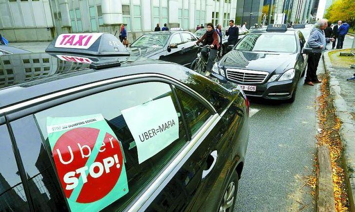 Бунт таксистов во Львове: Какие требования выдвинули водители власти. Только не упадите!