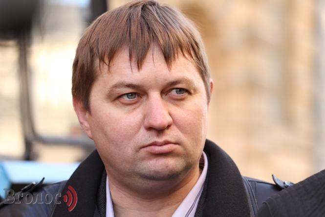 Теперь знаем где наши дороги: Главу «Львовавтодора» обвинили в коррупции