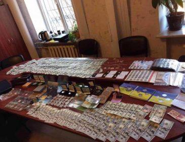 Шокирующая находка..: что нашли в квартире начальника полиции (ФОТО)