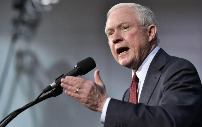 Генпрокурор США попросил уйти в отставку 46 прокуроров