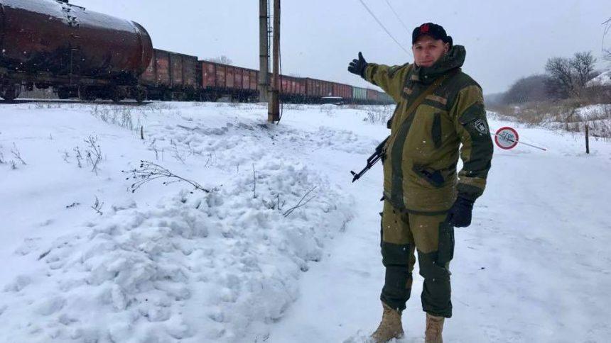 Поседеть можно: Аброськин рассказал о семейном бизнесе Парасюка на блокаде