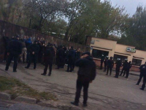 СРОЧНО! Во Львове произошло массовое побоище! Такого город Льва не видел очень давно! Детали шокируют!