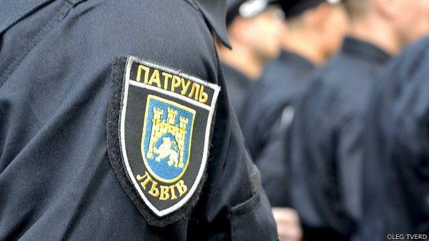 Львовская полиция не перестает удивлять: Ночные подвиги наших защитников! Таким они еще не занимались!