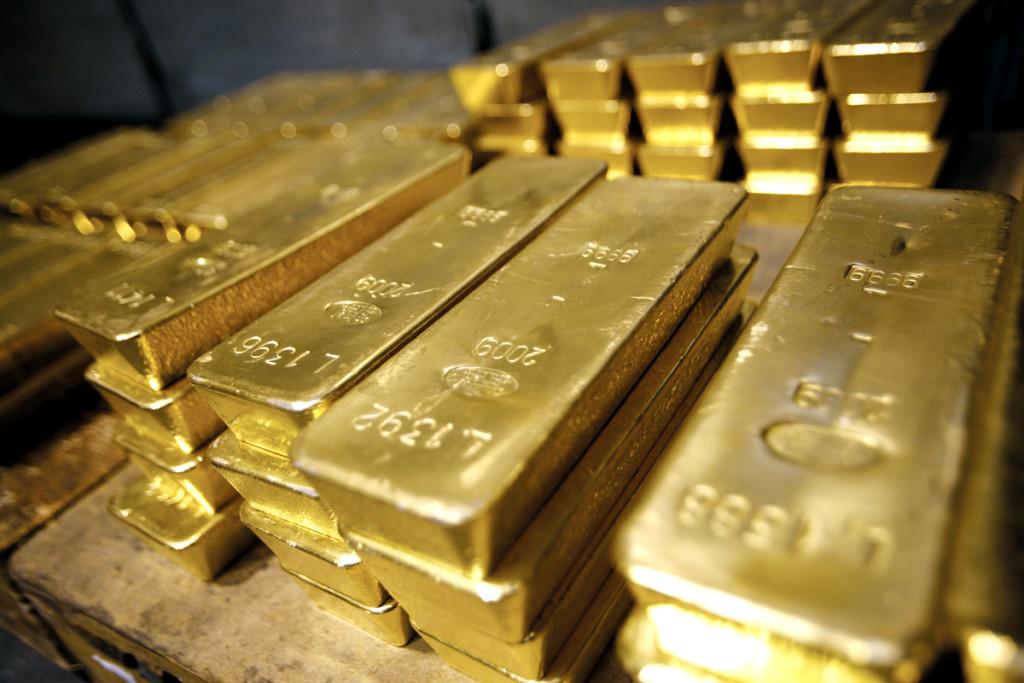 Ограбление века: У мужчины из авто украли 15кг золота.. Откуда у него столько