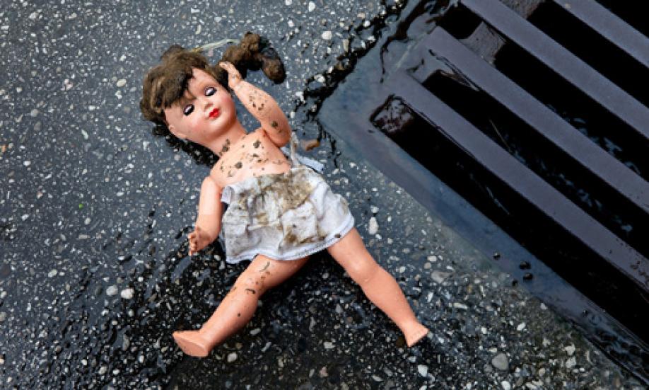 ШОК!!! В элитном детском садике Киева жестоко изнасиловали 3-летнюю девочку