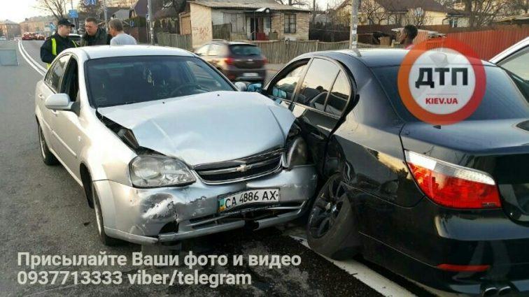Шокирующая неосторожность: Нигерийцы на BMW влетели в авто с беременной женщиной
