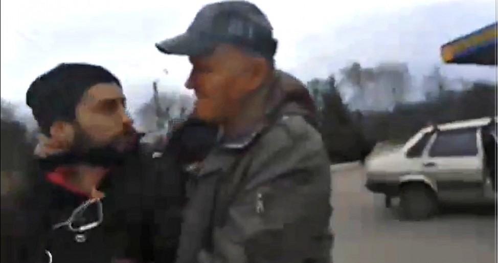 Схватил за горло и отобрал планшет: под Харьковом напали на съемочную группу «Наших грошей»