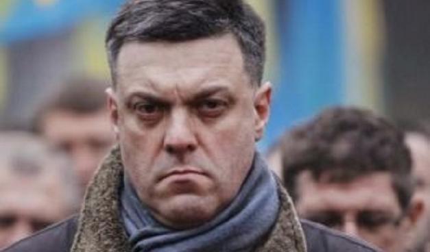 Землей может распоряжаться только украинский народ, а не шарлатаны от власти, — Тягнибок