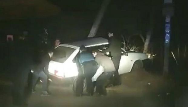 Нетрезвый водитель решил обмануть львовскую полицию (ВИДЕО)
