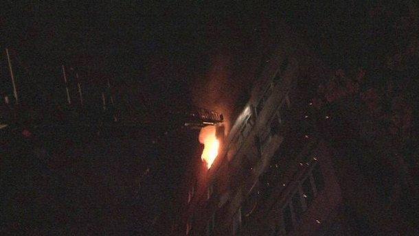 Страшный пожар во львовской многоэтажке. Людей массово эвакуировали!