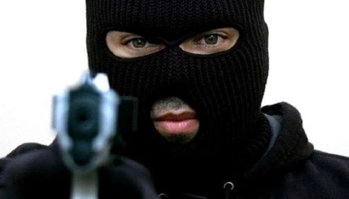 СРОЧНО! В Львове разыскивается опаснейший преступник. ФОТОРОБОТ.