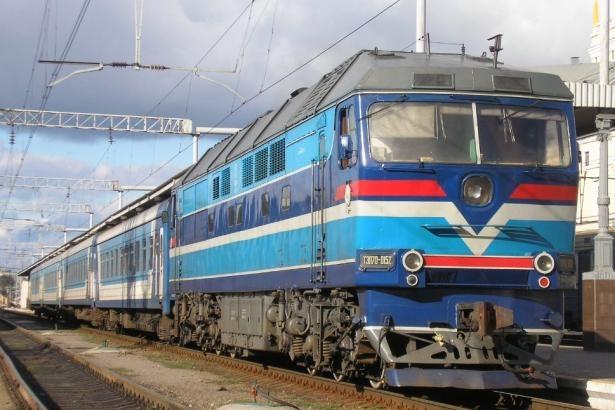В Харькове поезд сбил женщину