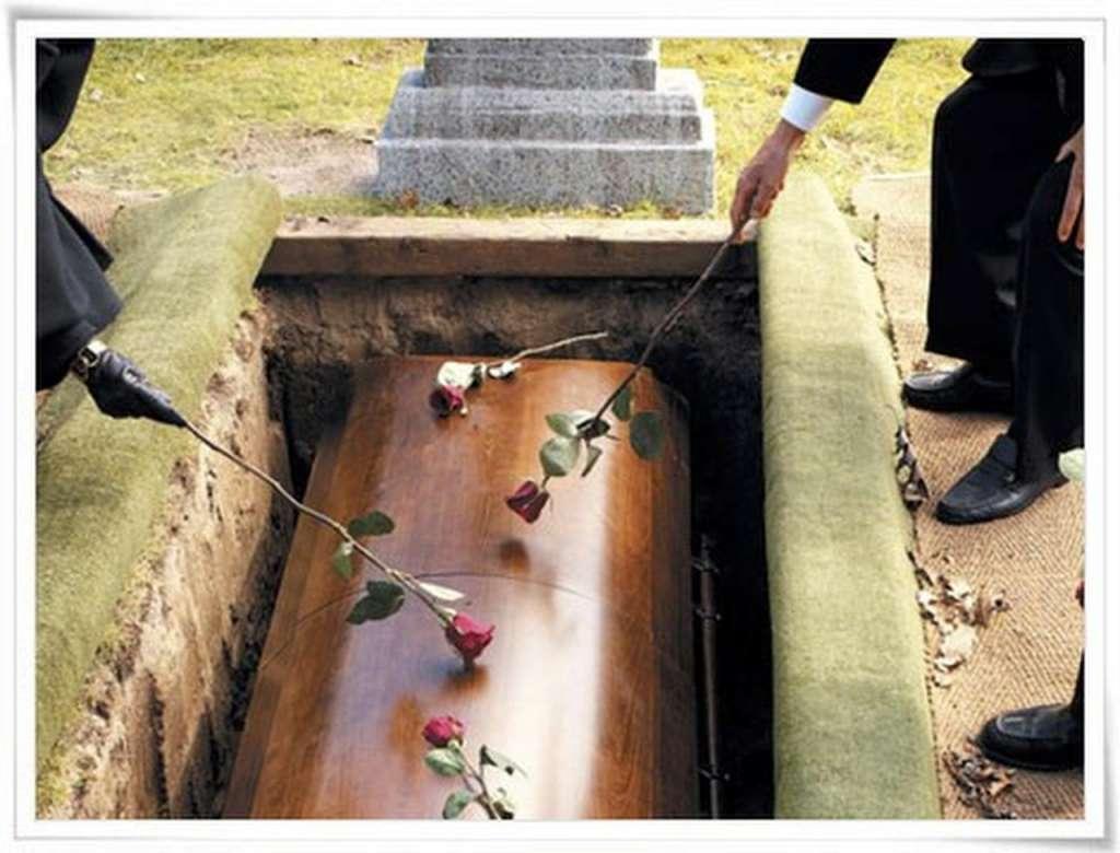 Умирать выгодно: социальную выплату на похороны увеличили, эта сумма вас точно шокирует