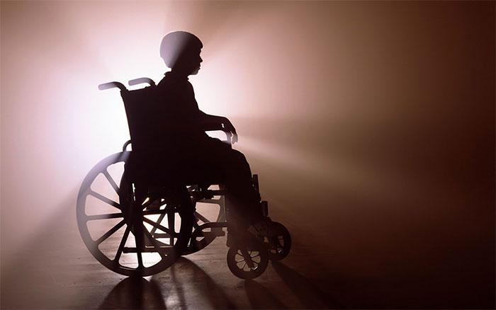 Он навсегда останется инвалидом!!! То, что эта горе-мать сделала со своим 3-летним сыном вызывает истерику