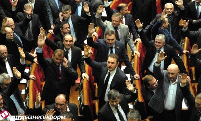 «Жесть»: известный политолог рассказал, как власть «тарабанит» народ и идет в наступление на весь бизнес