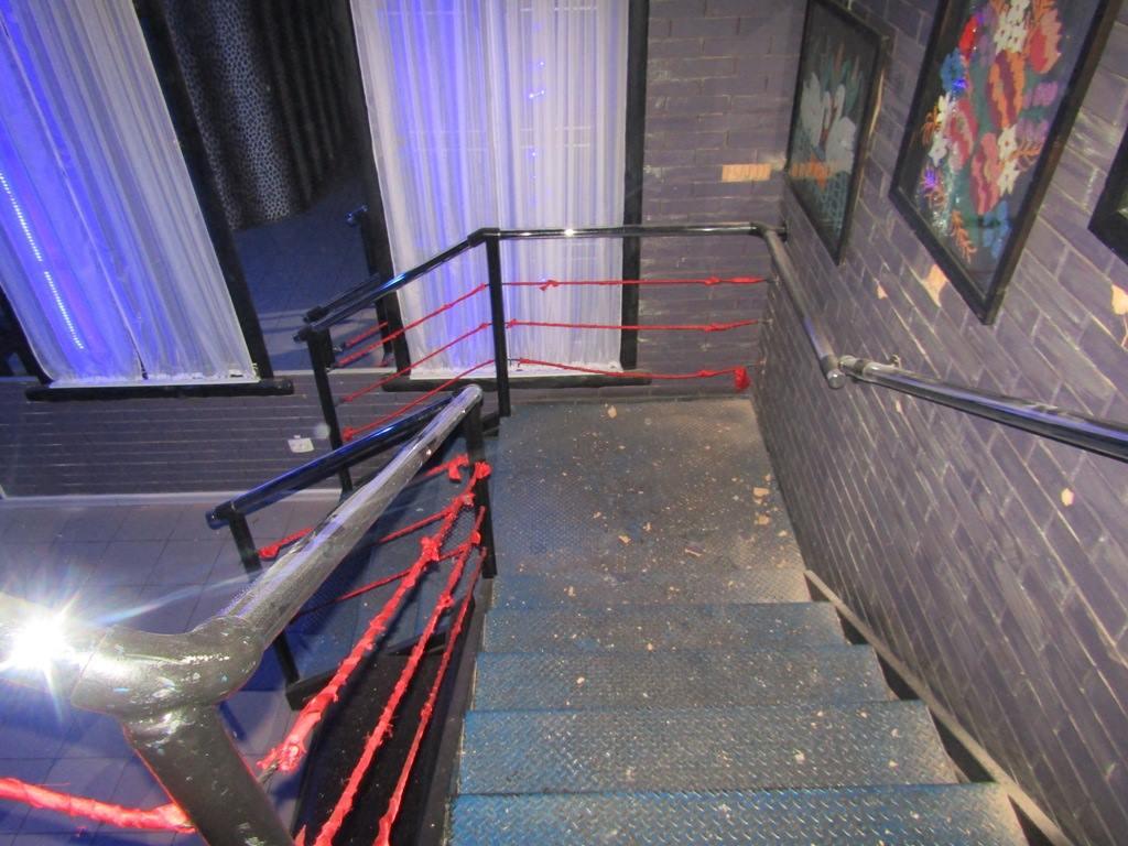 Громкая стрельба на Києвщині: мужчина с ружьем ворвался в ночной клуб