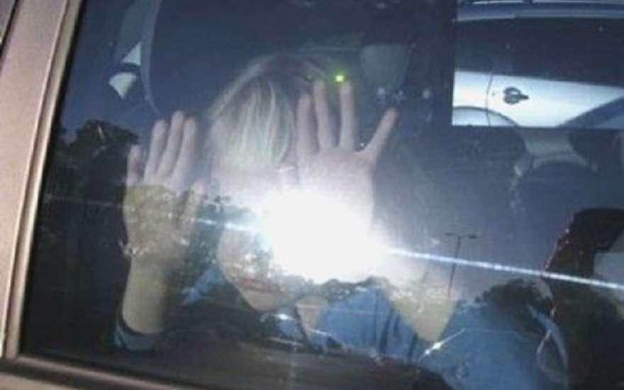 Закарпатье, осторожно! Мужчина похитил школьников и держал их в своей машине