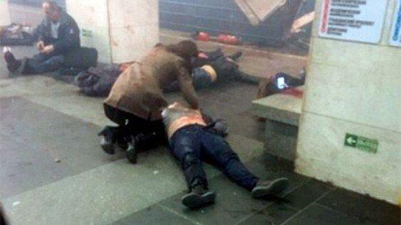 Срочно! В Санкт-Петербурге прогремел ужасный взрыв в метро. Весь город дрогнуло!