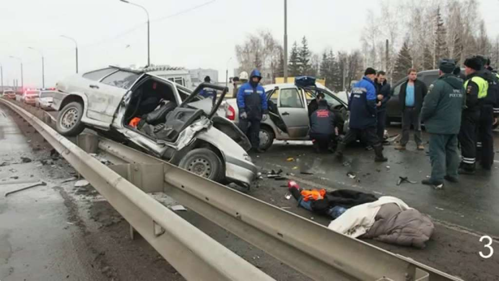 В Запорожье случилось страшное ДТП через скользкую дорогу, есть пострадавшие