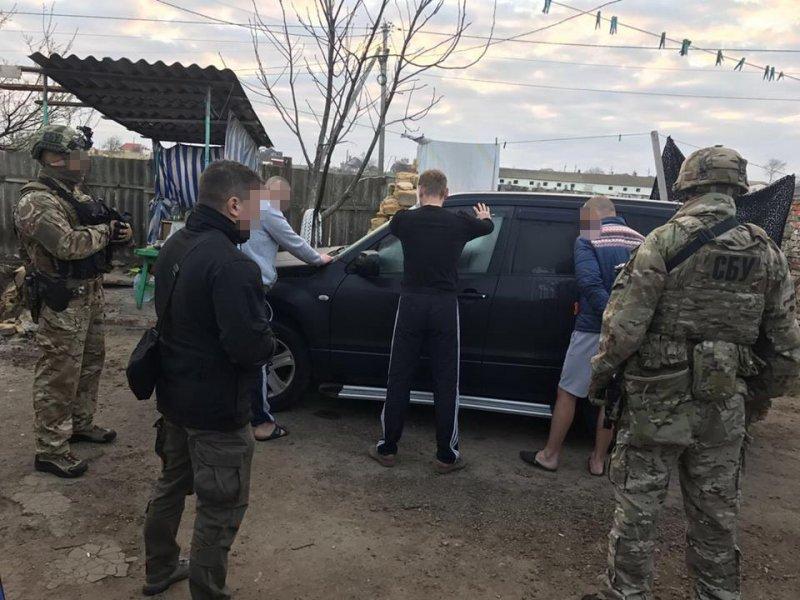 СБУ задержала банду, которая продавала людей