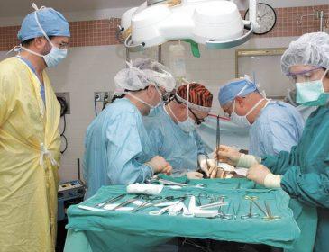 После пересадки почки в Пакистане двое больных с Львовщины умерло, трех еле спасли