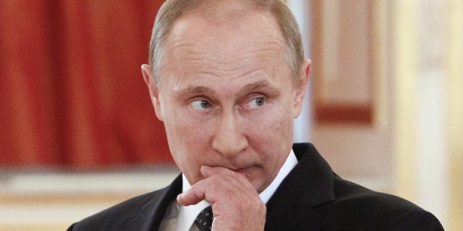 Такого народ еще не видел..: Верующих шокировала церковная фреска с президентом России (ФОТО)