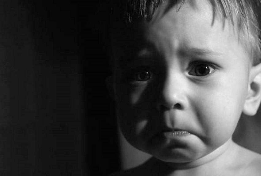 Об этом случае должен узнать каждый: Горе-мать жестоко издевалась над ребенком