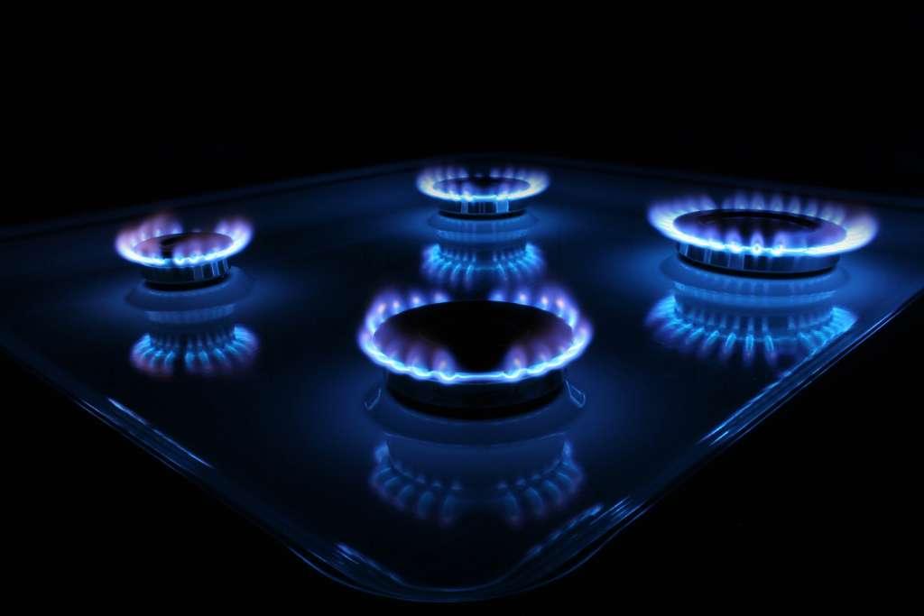 Жесть! Украинцев хотят заставить платить за газ дважды! Вы будете возмущены