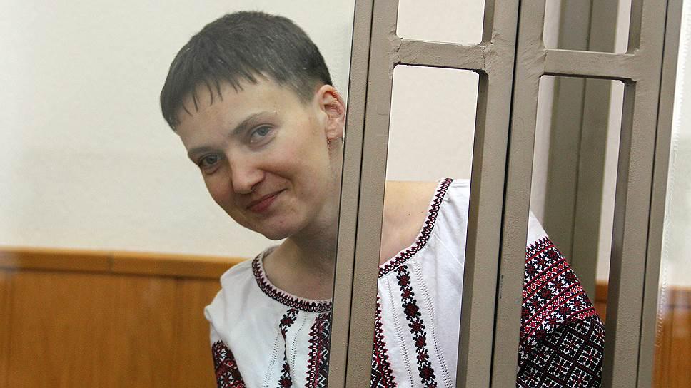 Еще та секс-бомба… Надежда Савченко впервые рассказала о своем любимом, только не падайте от интимных подробностей (видео)