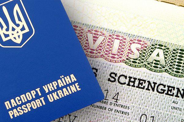 СРОЧНО! Украина окончательно получила безвіз. Первый комментарий президента Украины! Эти слова должен знать каждый!(ВИДЕО)