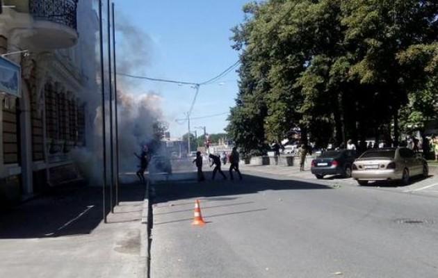 Там был ад!!! В Днепре сожгли офис «Оппоблока», огонь уничтожил все помещение (ФОТО)