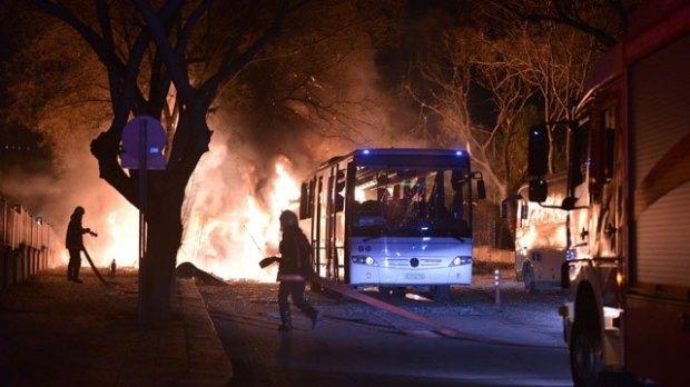 СРОЧНО!!! В столице прогремел масштабный теракт, появилось потрясное видео (18+)