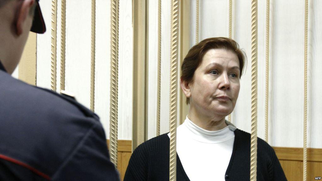 Что же они вытворяют! В РосіїЕкс-директору библиотеки украинской литературы сломали позвоночник во время конвоирования