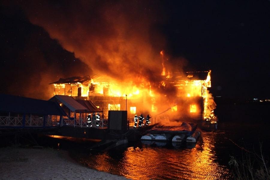 Страшное горе: Женщина и двое трехлетних детей погибли в пожаре. Вся Украина в шоке деталями этой трагедии!