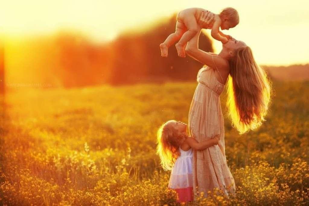 На это стоит посмотреть: Поздравление Порошенко и Гройсмана ко дню матери тронуло всю страну