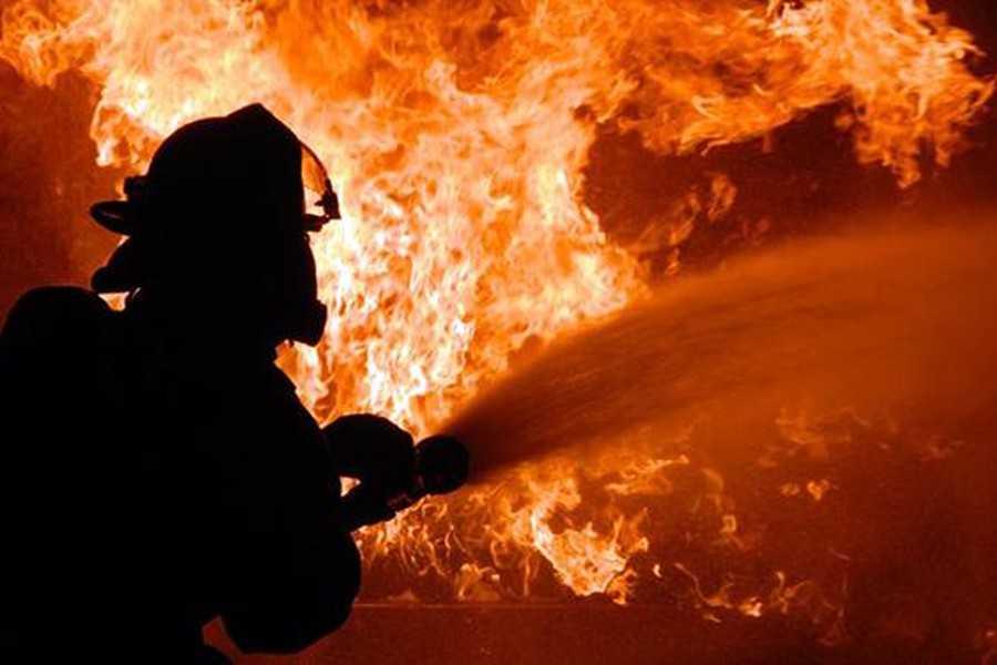 Ужасная трагедия..: Страшный пожар унес жизни семейной пары