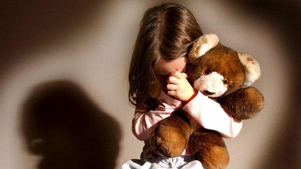 Полицейские спасли девочку, которая не ночевала дома из-за побоев родителей