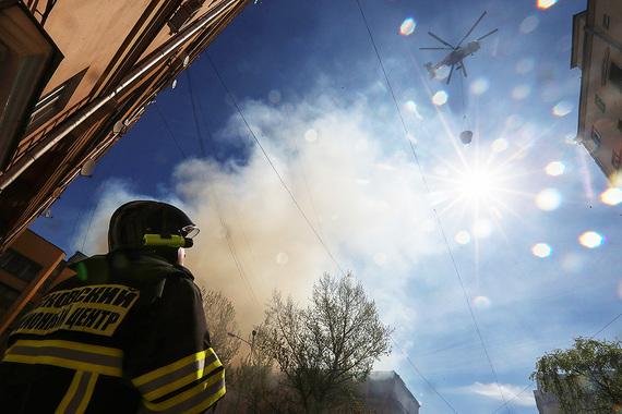 СРОЧНО! В самом центре столицы масштабный пожар. Что же за здание горело?