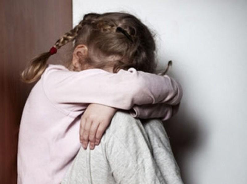 БЕРЕГИТЕ ДЕТЕЙ!!! То, что 64-летний пенсионер делал с 9-летней девочкой наводит ужас на всю страну, он такое совершил…