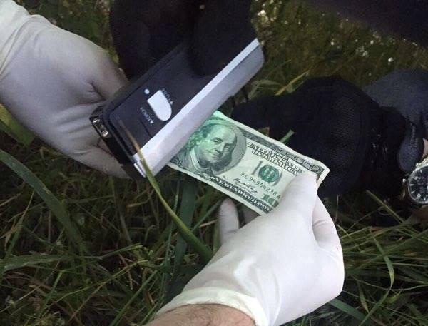 politseyskiy_vimogal_500_dollarov_ot_odessita_9769