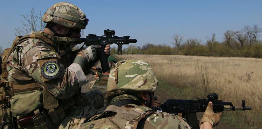 Срочные новости из зоны АТО! Как боевики атаковали украинских бойцов всю ночь по нескольким направлениям. ЕСТЬ ЖЕРТВЫ!