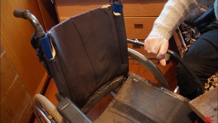 Не верится, что такое бывает!!! В Запорожье в известной спортсменки отобрали инвалидную коляску, это просто ужас