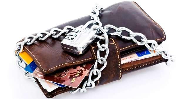 Берегите свои ДЕНЬГИ !!! ВР приняла шокирующие закон об аресте средств на счетах! Вы отнимется, когда узнаете ДЕТАЛИ!