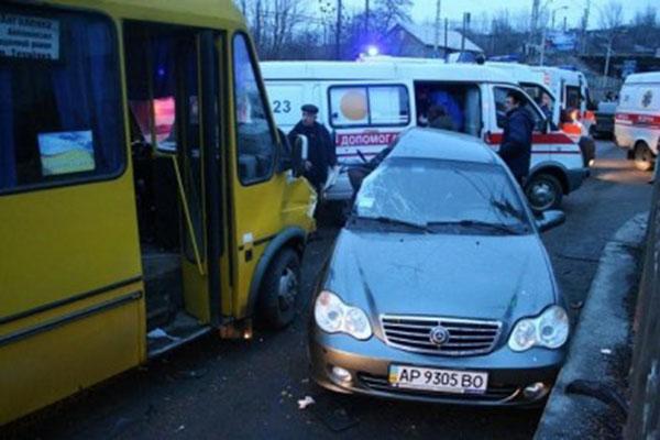 В Одессе маршрутка с пассажирами попала в жуткое ДТП (фото)