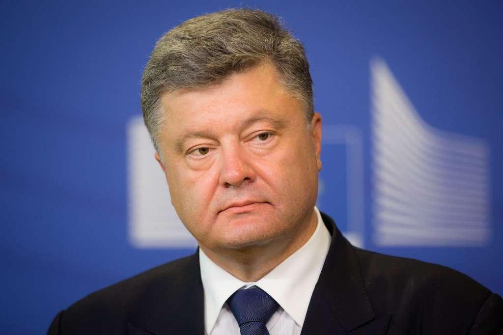 Держитесь на ногах Порошенко сделал громкое заявление о выборах! Чего он добивается?