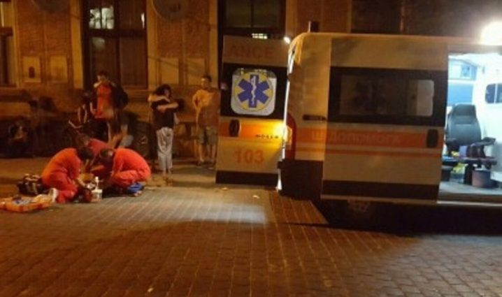 Он его избил до полусмерти!!! То, что произошло в Киеве прямо посреди улицы наводит ужас на всю страну