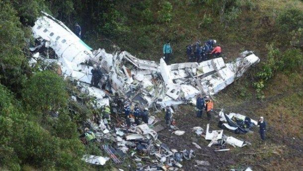 Страшная трагедия: в Ровенской области упал самолет, есть погибшие. Этого бы не случилось если… (ВИДЕО)