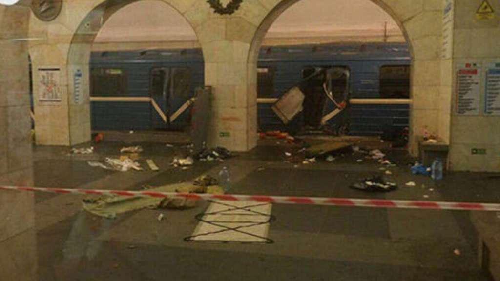 Ужас!!! В метро прогремели сверхмощные взрывы, от которых сердце замирает