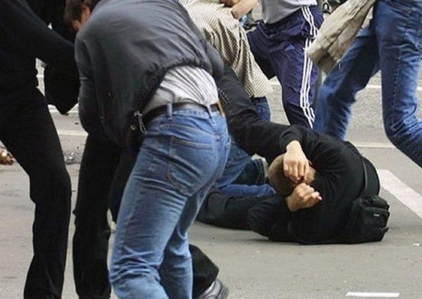 Что там творилось!!! Под Киевом произошла страшная массовая драка с участием полусотни копов